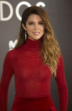 Juana Acosta  #JuanaAcosta Perfectos Desconocidos Premiere in Madrid Spain 28/11/2017 http://ift.tt/2Ar55co