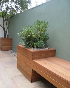 Outdoor planter bench garden bench ideas that are out of the ordinary. Modern Planters, Outdoor Planters, Garden Planters, Outdoor Gardens, Diy Planters, Garden Modern, Modern Patio, Contemporary Gardens, Modern Bench