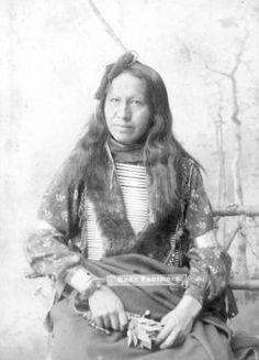 Bear Feathers :: Photographs - Western History