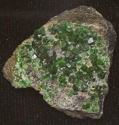 pictures of gems and minerals of africa | Uvarovite Mineral Facts: