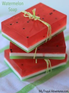 Homemade Watermelon Soap {Fun Gift Idea Handmade Watermelon soap how cute is that! The post Homemade Watermelon Soap {Fun Gift Idea appeared first on Summer Diy. Homemade Soap Recipes, Homemade Gifts, Diy Gifts, Homemade Paint, Homemade Cards, Homemade Soap Bars, Summer Crafts, Fun Crafts, Summer Diy