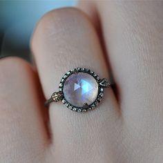 Araminty Ring: silver, diamonds & labradorite