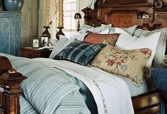 Image Detail for - ralph-lauren-bedroom-blue-white-red-eclectic-home-decor-ideas ...
