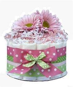 New Ideas Baby Shower Table Centerpieces Diy Diaper Cakes Floral Baby Shower, Baby Shower Fun, Baby Shower Cakes, Baby Shower Gifts, Baby Shower Table Centerpieces, Baby Shower Decorations, Centerpiece Ideas, Babyshower, Diy Diaper Cake