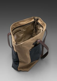 FILSON Large Zip Tote in Navy/Tan.