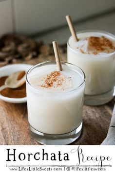 Horchata is an iced, sweet, rice-based (or coconut) milk drink native to Mexico. It has cinnamon and vanilla flavors infused in it and it's so refreshing during warm weather! #rice #sweet #drink #iced #Horchata #recipe Homemade Horchata, Horchata Recipe, Edible Cookies, Edible Cookie Dough, Date Smoothie Recipes, Drink Recipes, Kitchen Recipes, Cooking Recipes, Easy Recipes