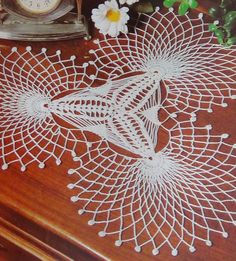 Картинки по запросу tapetes de colibries a crochet