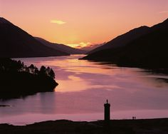 Glenfinnan Monument | Sunset over Loch Shiel and the Glenfinnan Monument, The Highlands, Scotland.