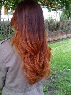 Red ombre, like a melting sunset. Achieve this look with Autumn #350