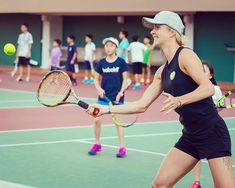 Elina Svitolina , teaching tennis kids tennis tips on how to swing Elina Svitolina, Tennis Workout, Tennis Tips, Play Tennis, Tennis Players, Rackets, Tennis Racket, Challenges, Teaching
