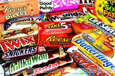 Clever Candy Bar Sayings to say love you, miss you, thank you, happy birthday- ANYTHING!  Pinning for later.