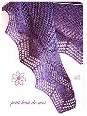 Free Pattern: Cassis Shawlette by collete audrey
