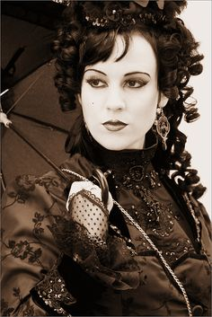 So jealous of these stunning goth women!