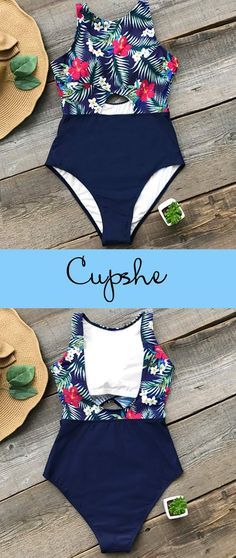 Trending Swimwear 2018 Picture Description New Year New Arrival! Seize each opportunity to meet the real you. Romatic and classic floral print one-piece Summer Suits, Summer Wear, Nike Fleece, Cute Bathing Suits, Cute Swimsuits, Moda Fitness, Beachwear, Swimwear, One Piece Swimsuit
