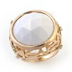 This 18kt rose gold cabochon ring, from the Alambra Collection by Alfieri, features 1 cabochon cut white chalcedony, and round cut diamond with a total carat weight of .14, colour grade H and clarity VS2 - SI1. #BlueBox via @MaisonBirks