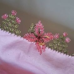 Greetings girls were made on special request between two mountains . - My Recommendations Needle Lace, Baby Knitting Patterns, Crochet Flowers, Three Dimensional, Tatting, Needlework, Origami, Diy And Crafts, Sewing Projects