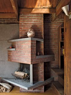 Love this fireplace!would look great floating on that wall alone! Mid-century design inspiration from architect Anne Tyng's Philadelphia home Architecture Details, Interior Architecture, Interior And Exterior, Late Modernism, Brick Fireplace, Fireplace Design, Home Photo, Mid Century Design, Beautiful Space
