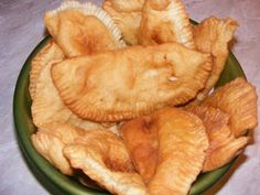 Langosi Cake Recipes, Snack Recipes, Cooking Recipes, Snacks, Romanian Food, Food Cakes, Empanadas, Apple Pie, Chips