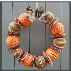 dried fruit diy wreath... also 5 other different wreath ideas... not a step by step tutorial, but does explain how to make them..