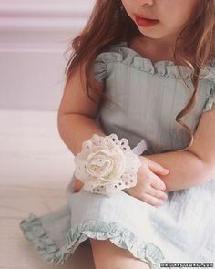 I LOVE this corsage for my daughter
