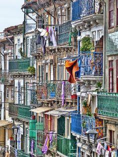 Colourful Façade in Portugal!