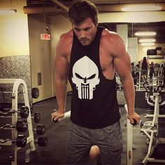 """Friday at midnight has always been a favorite time to workout. Before every set I always give myself a pep talk. """"Light weight, make it count!"""" #motivation #whatwouldfrankcastledo? #thanksforthepicbabe #focus"""