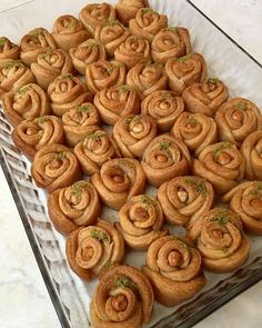 [New] The 10 Best Foods Today (with Pictures) Kurdish Food, Cookie Recipes, Dessert Recipes, Rose Cookies, Good Food, Yummy Food, Iftar, Turkish Recipes, Recipe Today