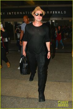 Brad Pitt Heads to LA While Angelina Jolie Continues Humanitarian Tour of Southeast Asia | brad pitt wedding angelina jolie humanitarian trip myanmar03 - Photo