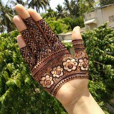 Khafif Mehndi Design, Rose Mehndi Designs, Basic Mehndi Designs, Latest Bridal Mehndi Designs, Stylish Mehndi Designs, Henna Art Designs, Modern Mehndi Designs, Mehndi Designs For Beginners, Mehndi Designs For Girls