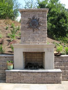 Outdoor Fireplace | Allan Europa #patio #backyard #summer www.nitterhousemasonry.com