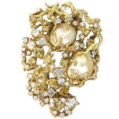 Sea Baroque Pearl Diamond Brooch Pendant |
