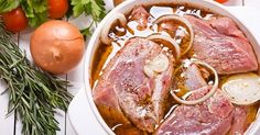 Her family loves pork, and she's been buying pork marinade at the store. She's looking for recipes for pork marinades and our readers help her out. Easy Pork Marinade, Marinade Porc, Tandoori Recipes, Pork Recipes, Cooking Recipes, Marinate Meat, Russian Recipes, Greek Recipes, Budget Meals
