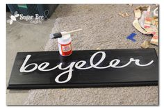 trick to crisp lines when painting over vinyl letters  Scroll down page about 1/3 of the way.