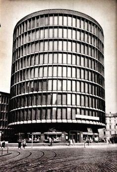 Department store in Poznán, Poland (1952). Architect: Marek Leykam.