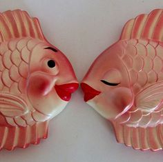 1950s Chalkware Fish ... I remember my gramma had fish similar to these in her bathroom .... some of them had bubbles coming from them too ... lol