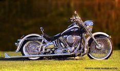 Deluxe Pictures - Page 422 - Harley Davidson Discussion boards #harleydavidsonroadking2018 #harleydavidsonroadkingspecial #harleydavidsonsoftailnighttrain #harleydavidsongirlsgifts #harleydavidsongirlswoman #harleydavidsonstreetglidespecial Harley Davidson Images, Harley Davidson Forum, Harley Davidson Motorcycles, Harley Softail, Softail Bobber, Chicano, Motorcycle Icon, Motorcycle Garage, Biker T Shirts