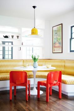 #interiors #design #home #decor #trend #style #summer #bright #colors #mixing #red #yellow #stripes #chevron #kitchen #seating #lamp #white #upholstery #fabric