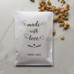 Items similar to Made with love Bags - Wedding Paper Bags - Homemade Granola Favors on Etsy Homemade Wedding Favors, Wedding Favours, Party Favors, Homemade Granola Bars, Thing 1, Party Mix, Flat Style, All Paper, Paper Bags