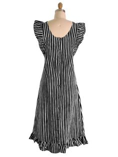 Vintage Marimekko Suomi Finland Black & White Stripes Jumper Dress Sz 38/10 1970s