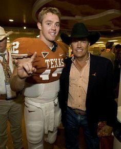 George Strait + Colt McCoy = my 2 favorite Texans Texas Longhorns Football, Ut Longhorns, College Football Players, Sport Football, Football Stuff, George Strait, Colt Mccoy, Eyes Of Texas, Hook Em Horns