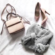 Today's palette: neutrals.