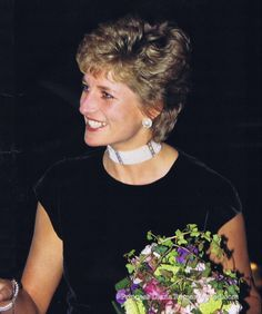 Princess Diana in pearl choker