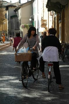 """""""Reggio Emilia – History, Culture and Good Food in Central Italy"""" by @thinkingnomads"""