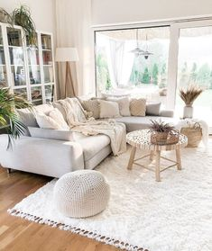 Who want to be in this living room. This living room feautures light-colored interior on a wooden floor and lets in Boho Living Room, Home And Living, Living Room Decor, Bedroom Decor, How To Furnish Living Room, Cozy Living Rooms, Natural Living Rooms, Bright Living Rooms, Living Room Wooden Floor