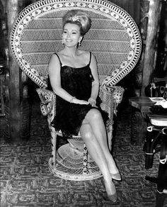 Zsa Zsa Gabor- and a fabulous chair!
