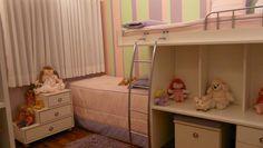 Beliche: 70 modelos perfeitos para quartos charmosos e funcionais Bunk Beds, Toddler Bed, Furniture, Design, Kids Rooms, Home Decor, Baby Bedding, Bunk Beds For Girls, Shared Kids Rooms
