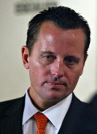 Republicans force out openly gay spokesman from Romney campaign..