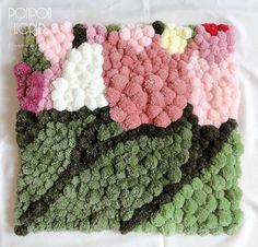 Pom pom rug, Pompom carpet, Colorful flowers, Tulips decoration, Room decoration, Bathroom carpet, Handmade pompoms, 60 x 60 cm, Unique,
