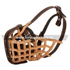 Variedad de #bozales para #perros. http://www.fordogtrainers.es/index.php/bozales