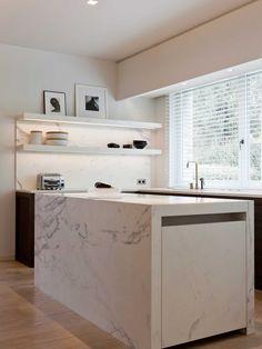 Obumex | Present-day Kitchen | Kitchen Island | Marble | White | Interior